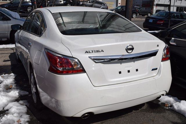 2014 Nissan Altima 2.5 S Richmond Hill, New York 3