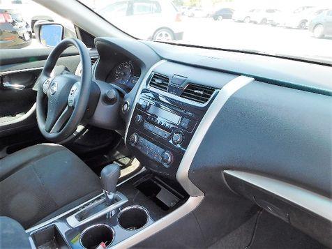 2014 Nissan Altima 2.5 S | Santa Ana, California | Santa Ana Auto Center in Santa Ana, California