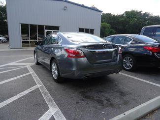 2014 Nissan Altima SL TECH. NAVI. LTHR. SUNRF. NLIND SPOT SEFFNER, Florida 10
