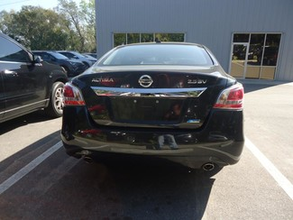 2014 Nissan Altima SV TECH. NAVIGATION. SUNRF. BLIND SPOT Tampa, Florida 24
