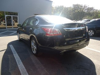 2014 Nissan Altima SV TECH. NAVIGATION. SUNRF. BLIND SPOT Tampa, Florida 18