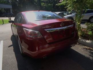 2014 Nissan Altima  SV. CAMERA. ALLOY. REMOTE STRT. DUAL ZONE AIR SEFFNER, Florida 6