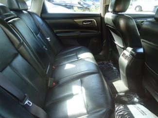 2014 Nissan Altima SL TECH. NAVI. SUNRF. CAM. BLIND SPOT. BOSE SOUND SEFFNER, Florida 4