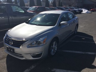 2014 Nissan Altima 2.5 SV in West Springfield, MA
