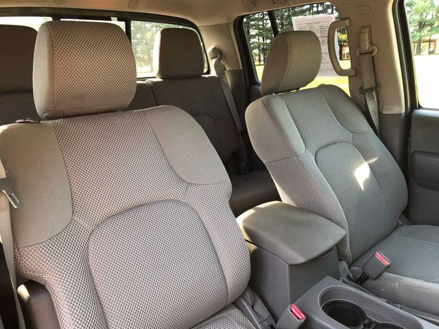 2014 Nissan Frontier SV Leesburg, Virginia 11