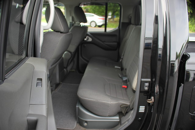 2014 Nissan Frontier PRO-4X Mooresville , NC 11
