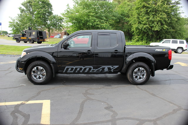 2014 Nissan Frontier PRO-4X Mooresville , NC 6