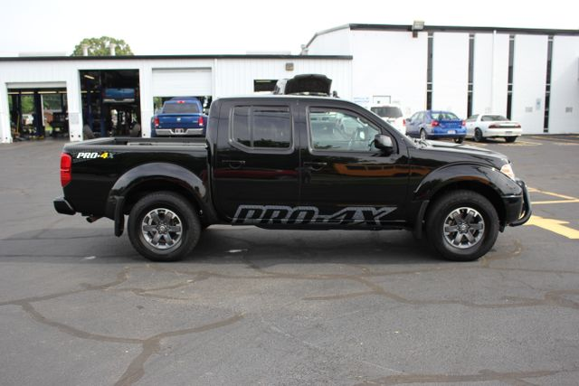 2014 Nissan Frontier PRO-4X - 4X4 - One Owner Mooresville , NC 3