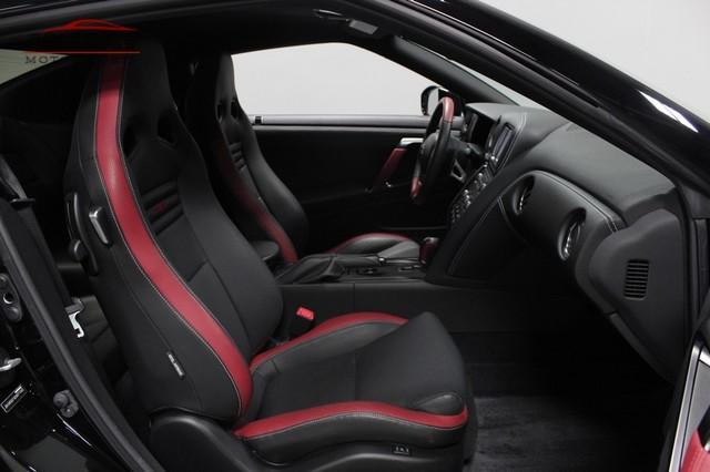 2014 Nissan GT-R Black Edition Merrillville, Indiana 14