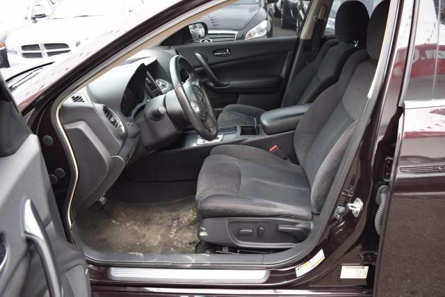 2014 Nissan Maxima 3.5 S Richmond Hill, New York 13