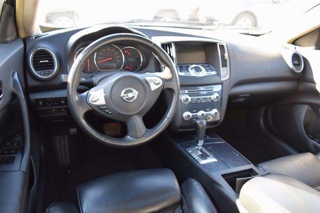 2014 Nissan Maxima 3.5 SV Richmond Hill, New York 11