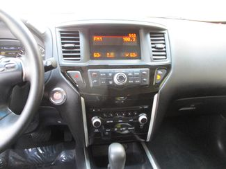 2014 Nissan Pathfinder S Farmington, Minnesota 5
