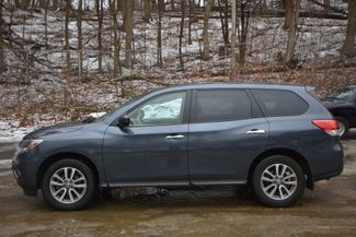 2014 Nissan Pathfinder S Naugatuck, Connecticut 1