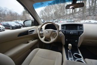 2014 Nissan Pathfinder S Naugatuck, Connecticut 13