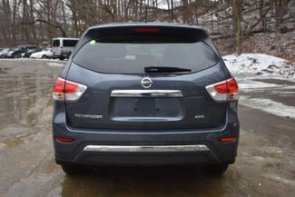 2014 Nissan Pathfinder S Naugatuck, Connecticut 3