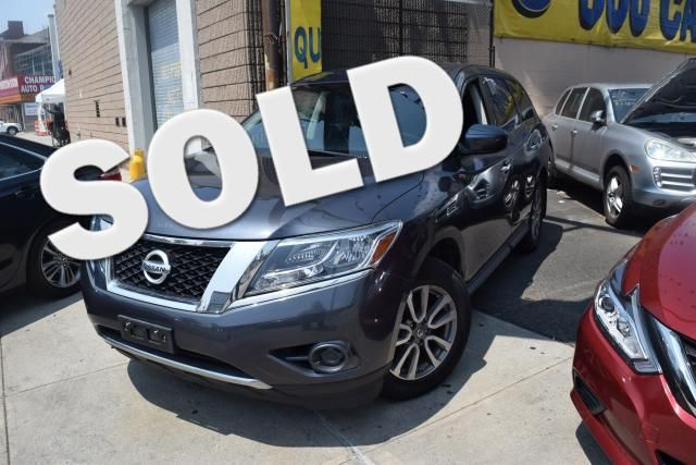 2014 Nissan Pathfinder S Richmond Hill, New York 0