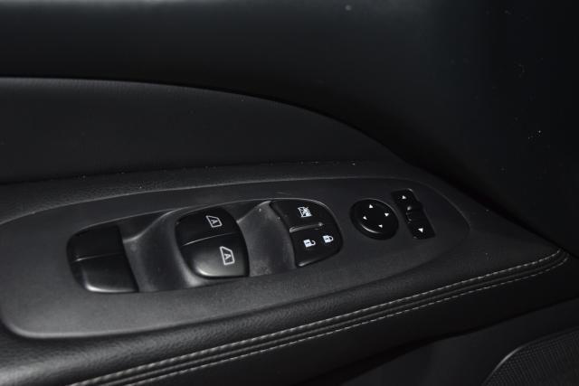 2014 Nissan Pathfinder SL Richmond Hill, New York 14