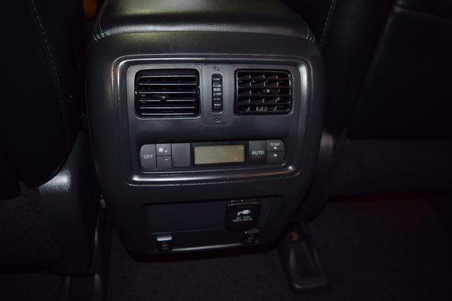 2014 Nissan Pathfinder SL Richmond Hill, New York 12