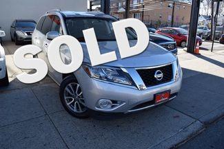 2014 Nissan Pathfinder SV Richmond Hill, New York