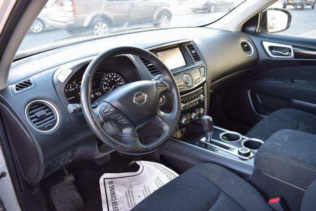 2014 Nissan Pathfinder SV Richmond Hill, New York 12