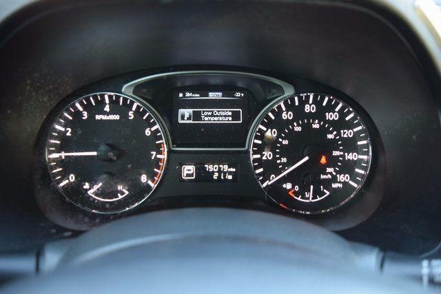 2014 Nissan Pathfinder SV Richmond Hill, New York 13