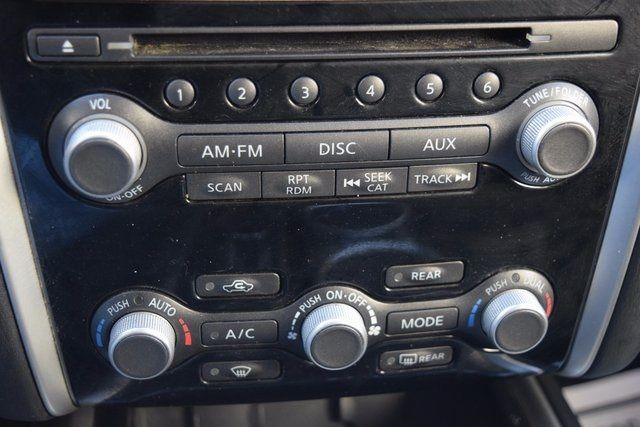 2014 Nissan Pathfinder SV Richmond Hill, New York 17