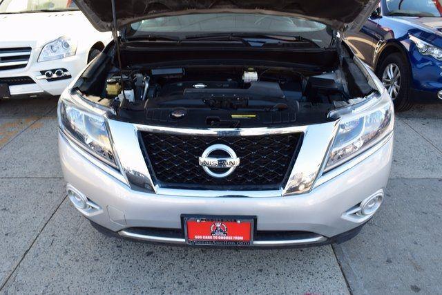 2014 Nissan Pathfinder SV Richmond Hill, New York 2