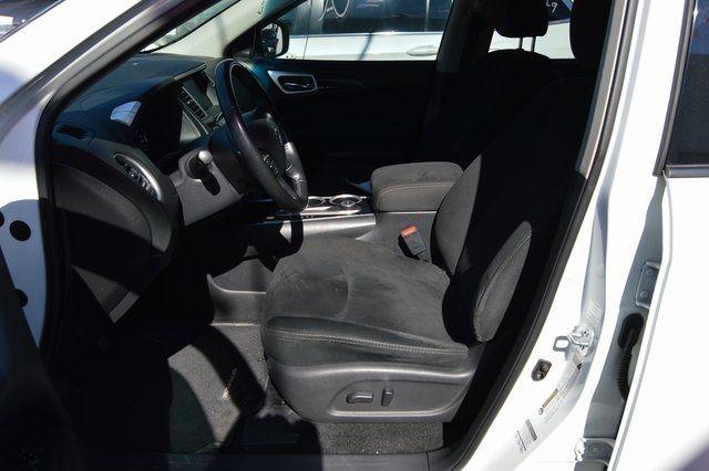2014 Nissan Pathfinder SV Richmond Hill, New York 14