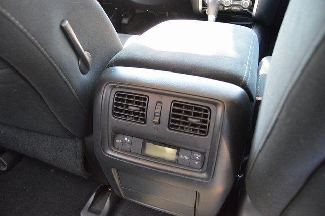 2014 Nissan Pathfinder SV Richmond Hill, New York 19