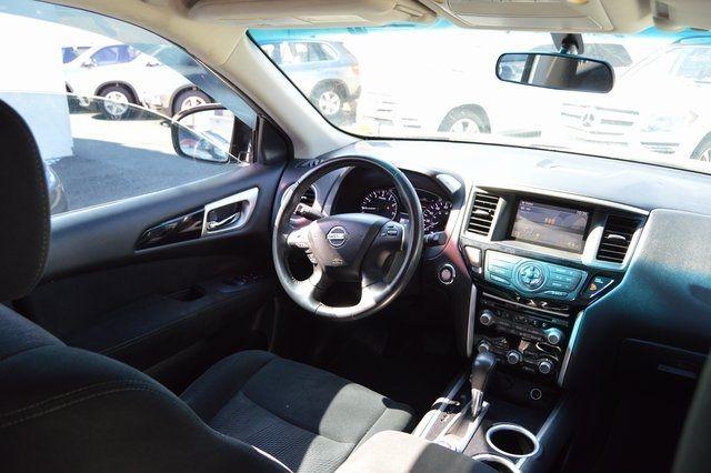 2014 Nissan Pathfinder SV Richmond Hill, New York 21