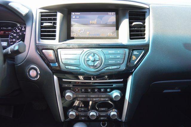 2014 Nissan Pathfinder SV Richmond Hill, New York 24