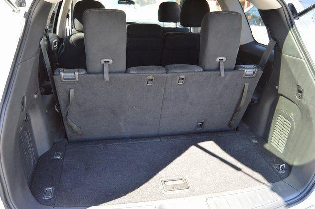 2014 Nissan Pathfinder SV Richmond Hill, New York 32
