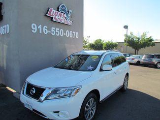 2014 Nissan Pathfinder SV Like New Sacramento, CA