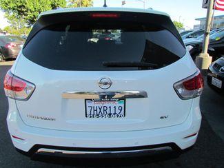 2014 Nissan Pathfinder SV Like New Sacramento, CA 12
