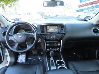 2014 Nissan Pathfinder SV Like New Sacramento, CA 18