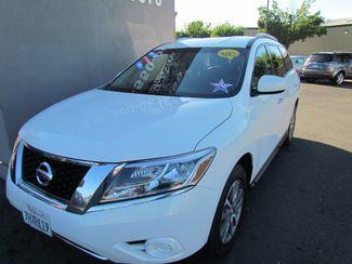 2014 Nissan Pathfinder SV Like New Sacramento, CA 2