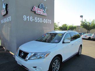 2014 Nissan Pathfinder SV Like New Sacramento, CA 3