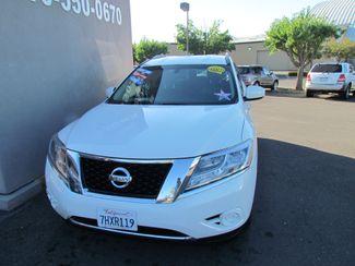 2014 Nissan Pathfinder SV Like New Sacramento, CA 4