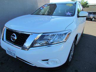 2014 Nissan Pathfinder SV Like New Sacramento, CA 5