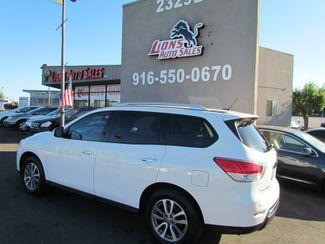 2014 Nissan Pathfinder SV Like New Sacramento, CA 8