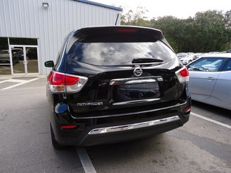 2014 Nissan Pathfinder S W/ 3RD ROW Tampa, Florida 6