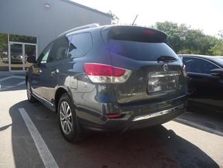 2014 Nissan Pathfinder SL 4X4. LEATHER. PWR TAILGATE Tampa, Florida 7