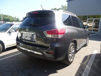 2014 Nissan Pathfinder SL 4X4. LEATHER. PWR TAILGATE Tampa, Florida 9