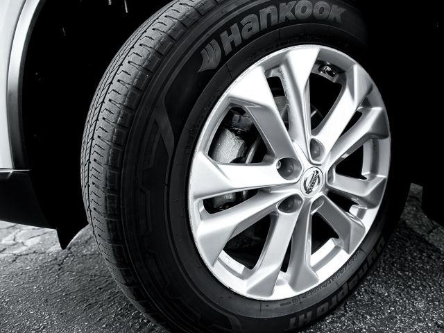 2014 Nissan Rogue SV Burbank, CA 22
