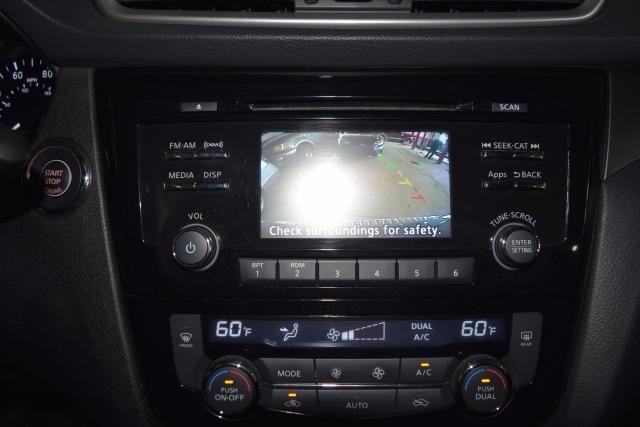 2014 Nissan Rogue SV Richmond Hill, New York 13