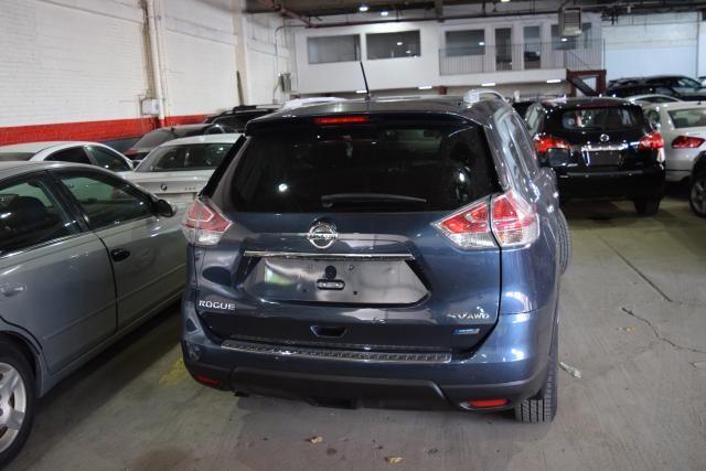 2014 Nissan Rogue SV Richmond Hill, New York 3