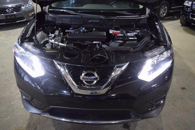 2014 Nissan Rogue S Richmond Hill, New York 3