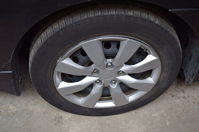 2014 Nissan Sentra S Richmond Hill, New York 6