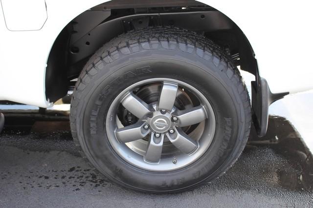 2014 Nissan Titan Crew Cab 4x4 - POPULAR PKG! - NEW TIRES! Mooresville , NC 16