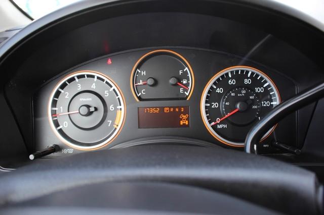 2014 Nissan Titan Crew Cab 4x4 - POPULAR PKG! - NEW TIRES! Mooresville , NC 5